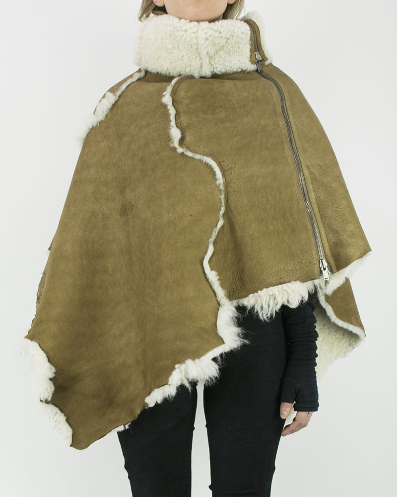 SHEARLING CAPE NATURAL SHEEPSKIN
