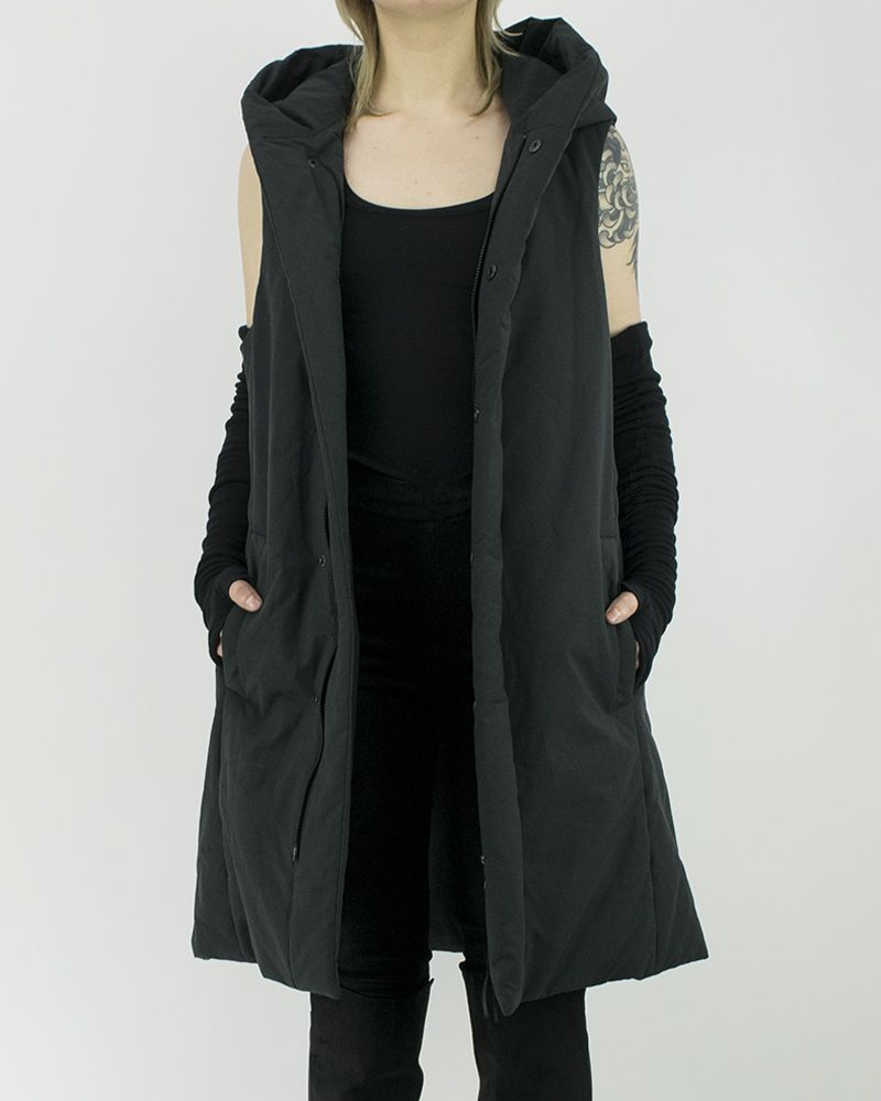 SLEEVELESS PARKA