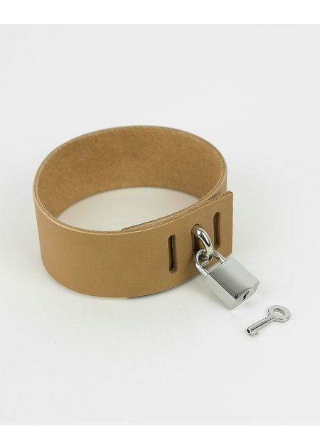 FLEET ILYA PADLOCK COLLAR - TAN