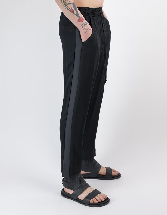 "DAVID'S ROAD RELAXED ""TUXEDO"" PANT"