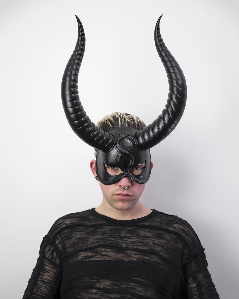 BIG HORNS FACE MASK