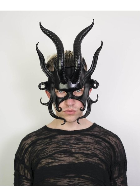CECILIO LEATHER DESIGNS BIG HORNED MASK W/ FLAME