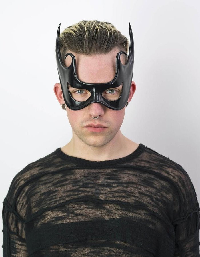 CECILIO LEATHER DESIGNS SWIRL FACE MASK
