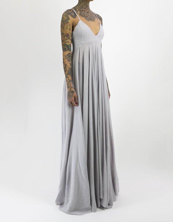 139DEC LONG V-NECK SPAGHETTI STRAP DRESS
