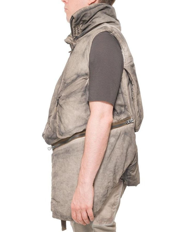 HAMCUS MANTA WAISTCOAT WITH CONCEALED CAPE