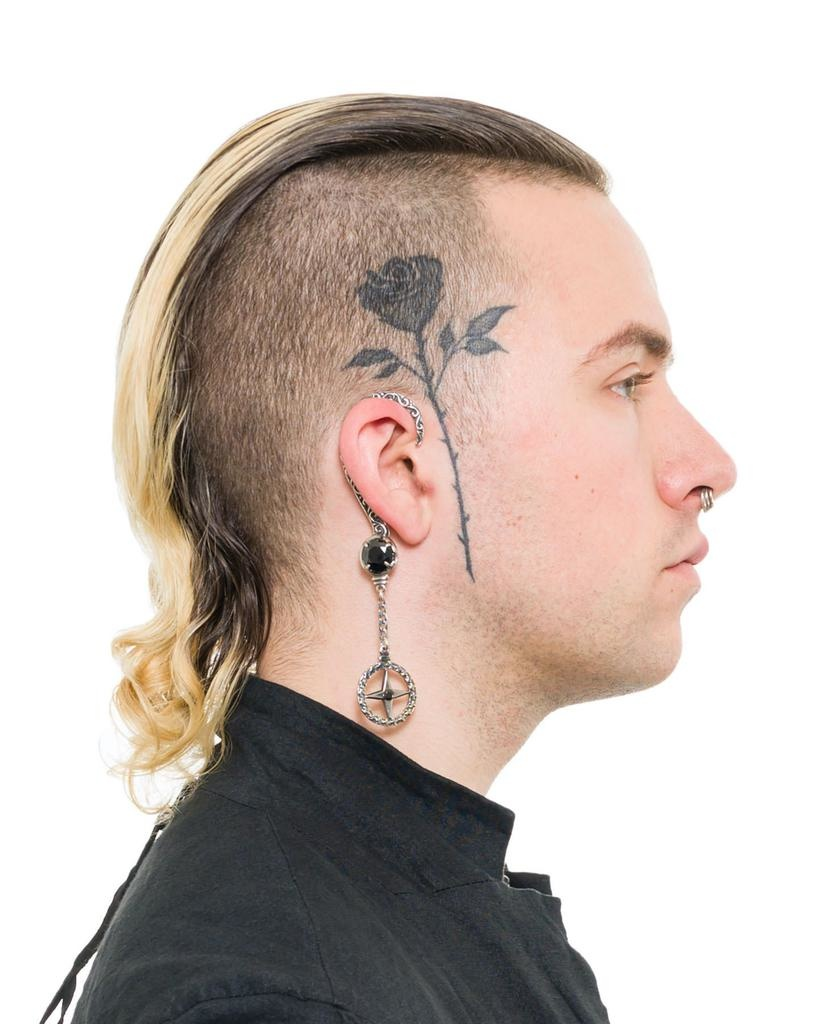 EARCLIP NORTH STAR (ONYX) - RIGHT