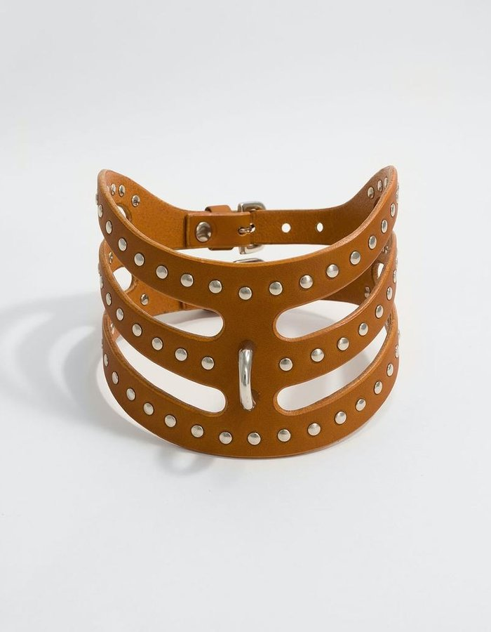 FLEET ILYA STUDDED CUT OUT POSTURE COLLAR - TAN