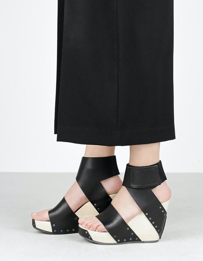 "TRIPPEN SHOES ""VENTURE"" BANDED WEDGE SANDAL"