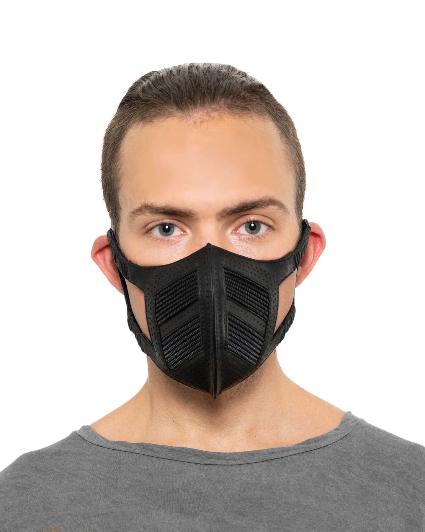 MOTO MASK WITH ZIPPERS