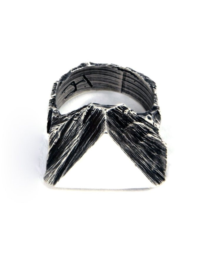 GASPARD HEX TRIANGLE SEAL RING