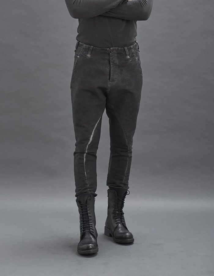 MASNADA RELAXED SLIM PANTS