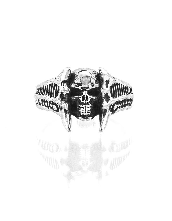 INTENEBRIS by JS CHASM SKULL RING