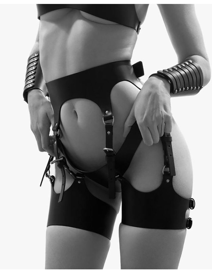 FLEET ILYA CURVED SUSPENDER