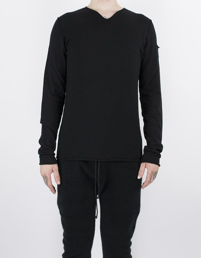 ISABEL BENENATO KNIT V NECK BLACK