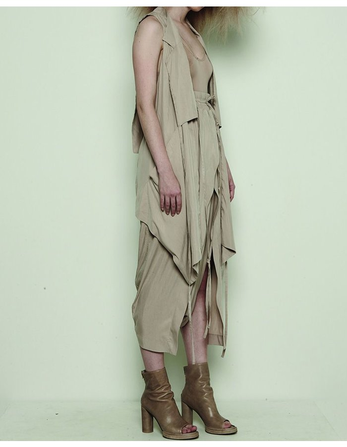 BARBARA I GONGINI LONG VEST WITH FRONT PANEL DETAILS MUD