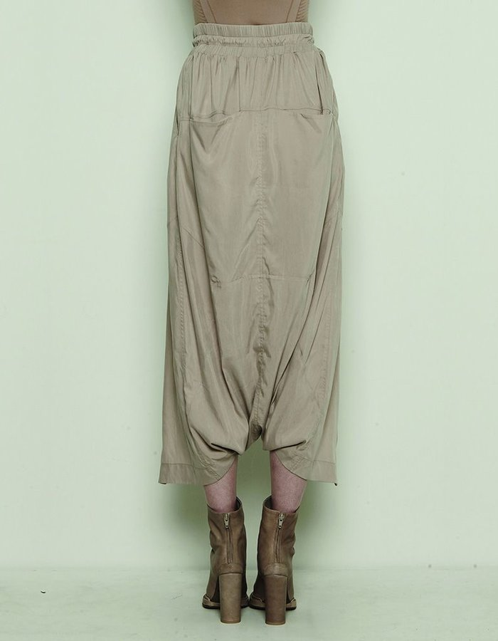 BARBARA I GONGINI SHORTS WITH OPEN FRONT MUD