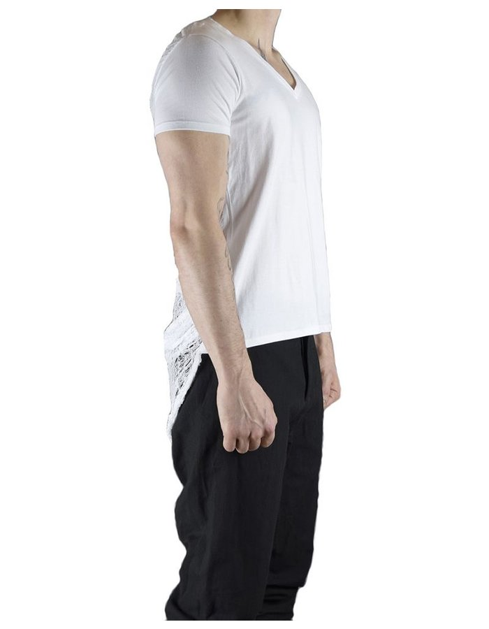 CHRIS P V NECK TEE WITH RIPPED BACK :WHT