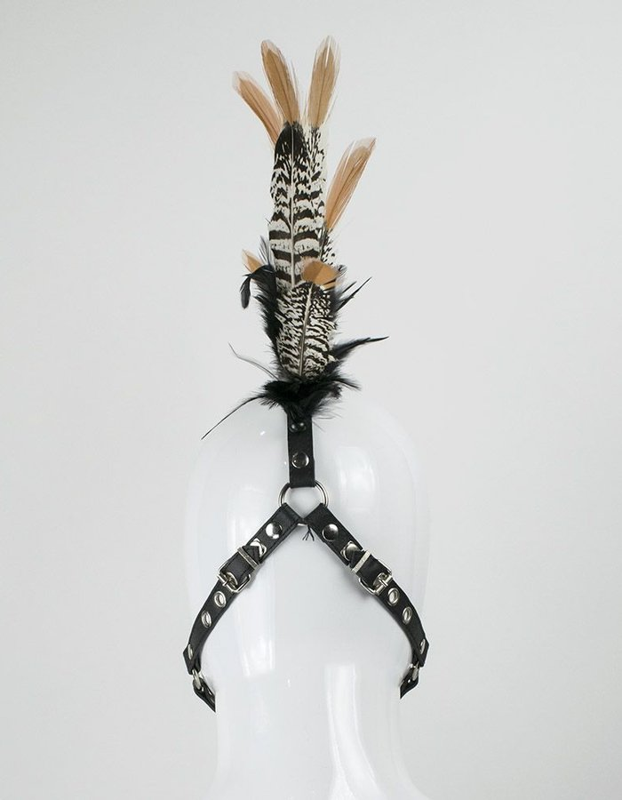 CYBERESQUE FEATHER HEADHARNESS