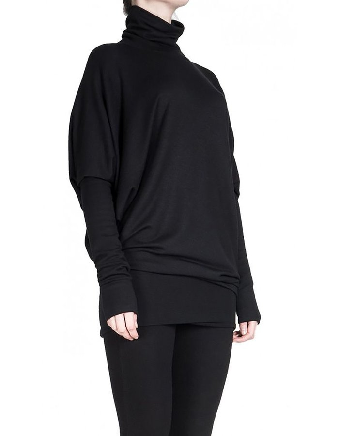 DAVID'S ROAD BATWING DRESS WITH TURTLE NECK BLK