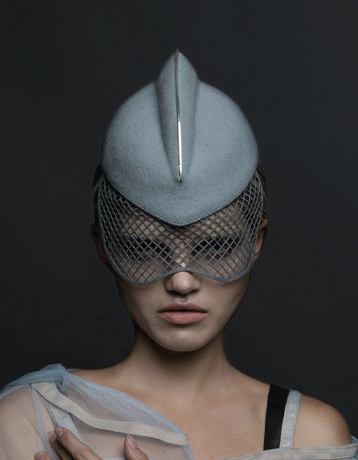 HOUSE OF MALAKAI 1 FIN HAT WITH METAL :SILVER BLUE