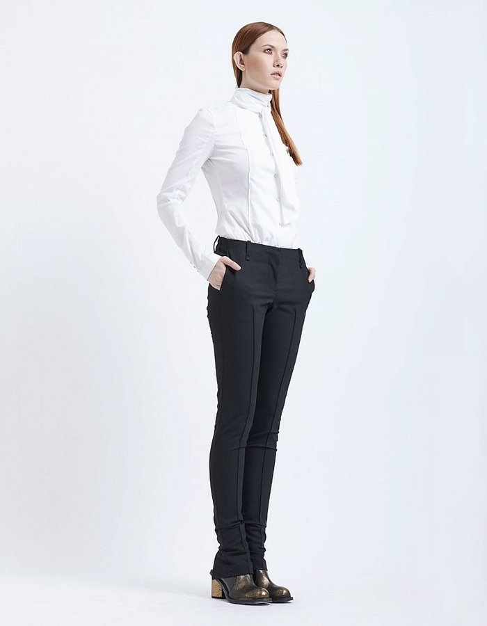 MASNADA SLIM ANKLE TROUSER WITH ZIPPER