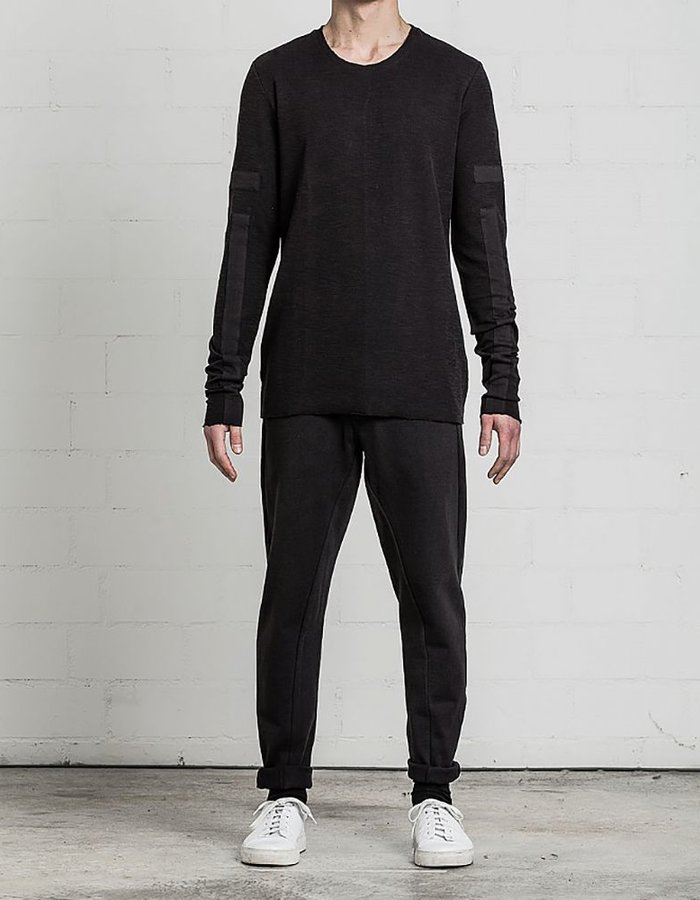 THOM KROM SLIM L/S WITH SLEEVE APPLICATION BLK
