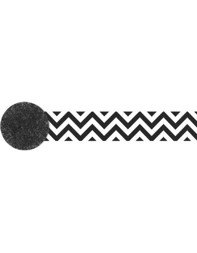 81' Crepe Streamer: Chevron - Black/White