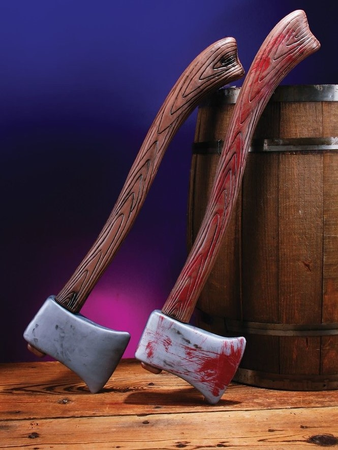 Horror & Scary Themed Weapons