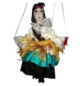 FB 366 .01 Puppetry & Performing Objects - Valeska Populoh