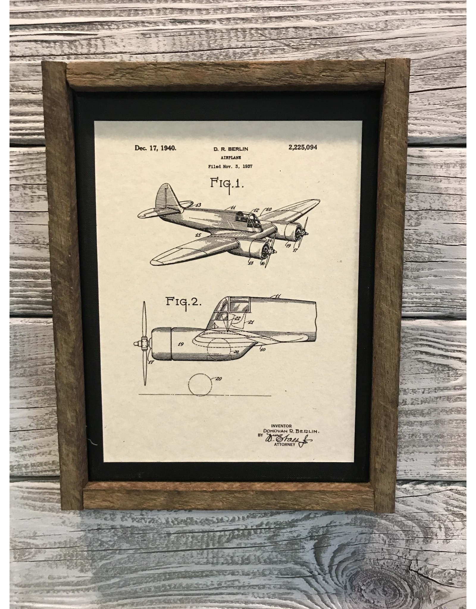 Airplane - Berlin - Patent Color & Frame: Parchment/Tobacco Stick