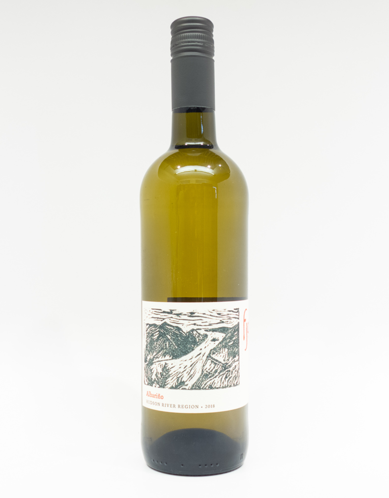 Wine-White-Round Fjord Vineyard Albarino Hudson River Region 2018