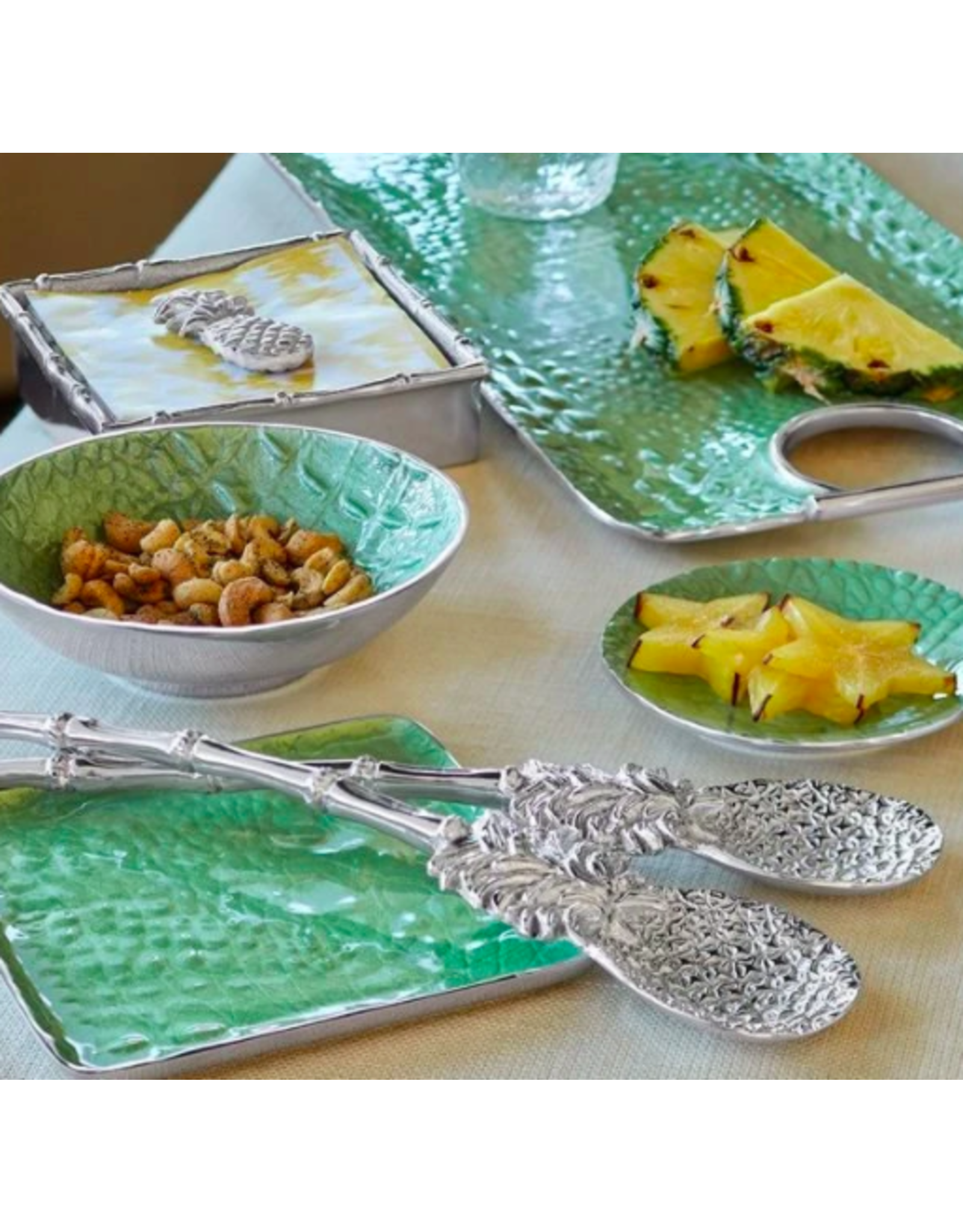 Mariposa Pineapple Salad Servers