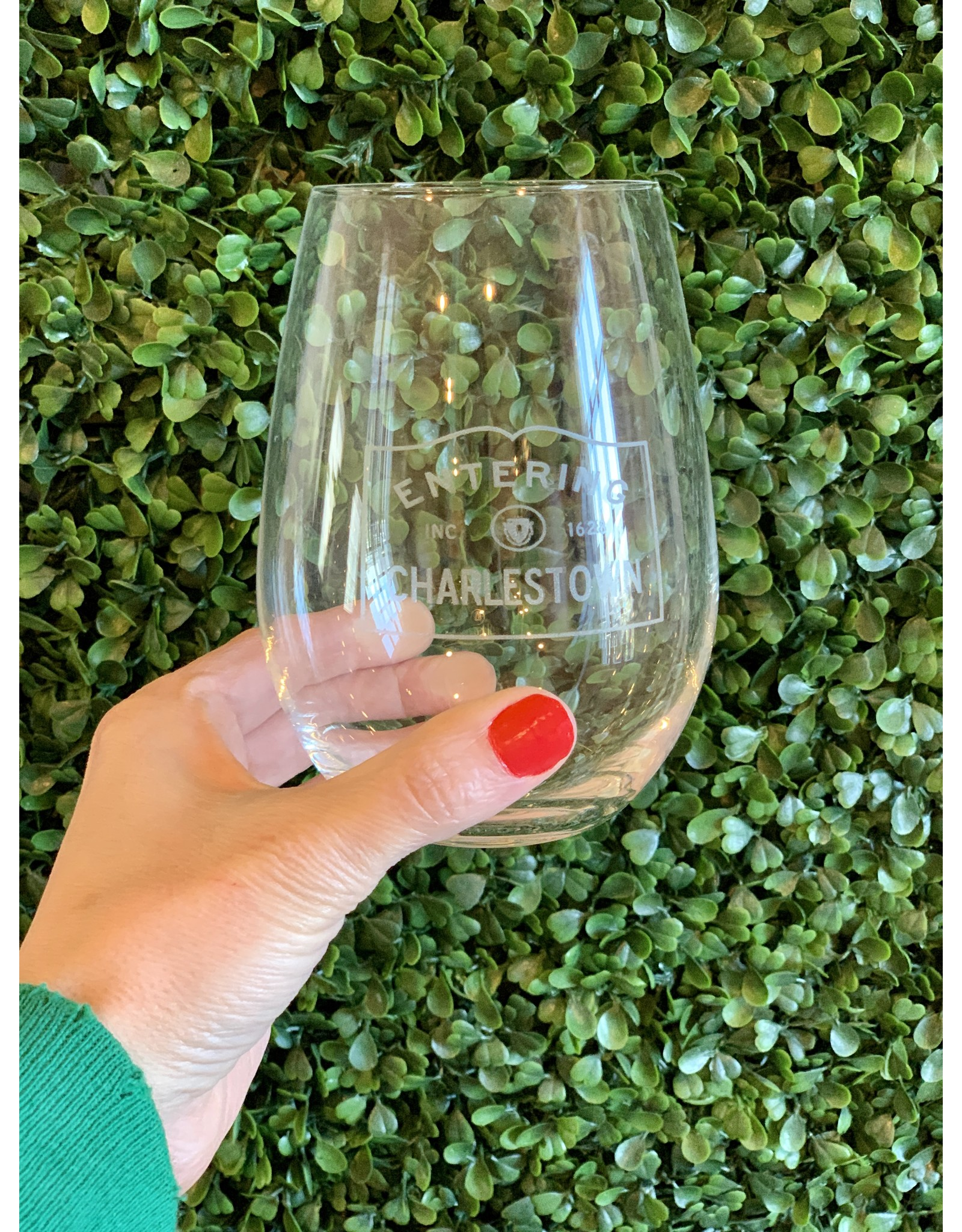 Maple Leaf at Home Entering Charlestown Wine Glass