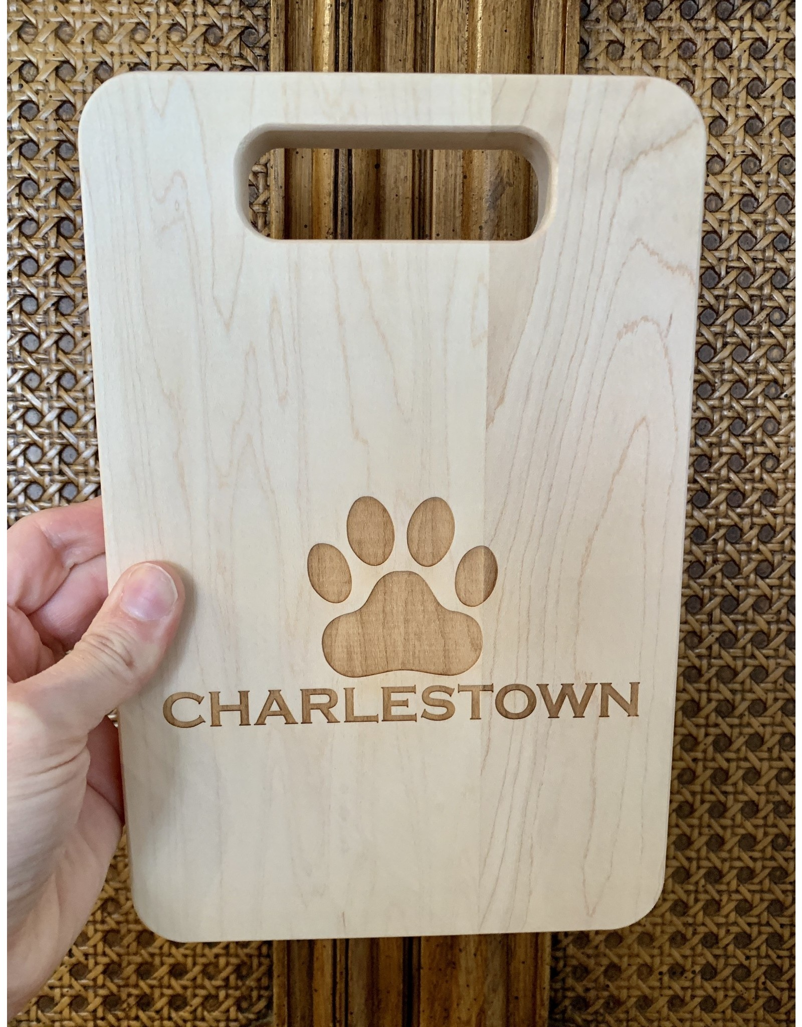 Maple Leaf at Home 9x6 Maple Handled Board Charlestown Dog Paw