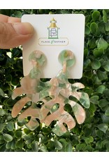 Zenzii Palm Tree Leaf Resin Earring