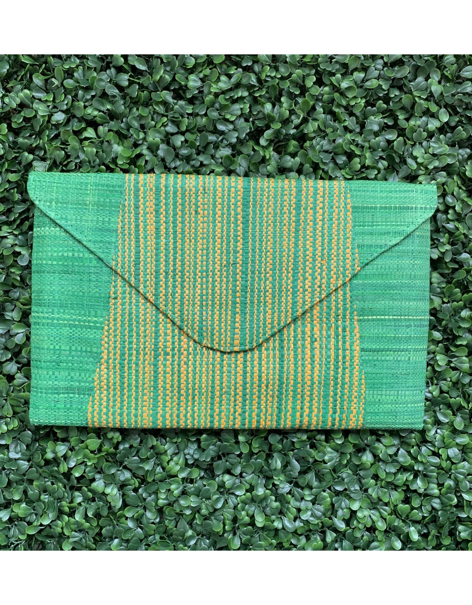 Straw Envelope Clutch in Cucumber