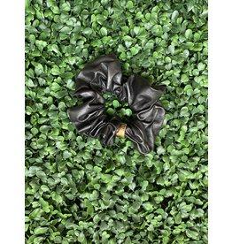 Vegan Leather Scrunchie in Black