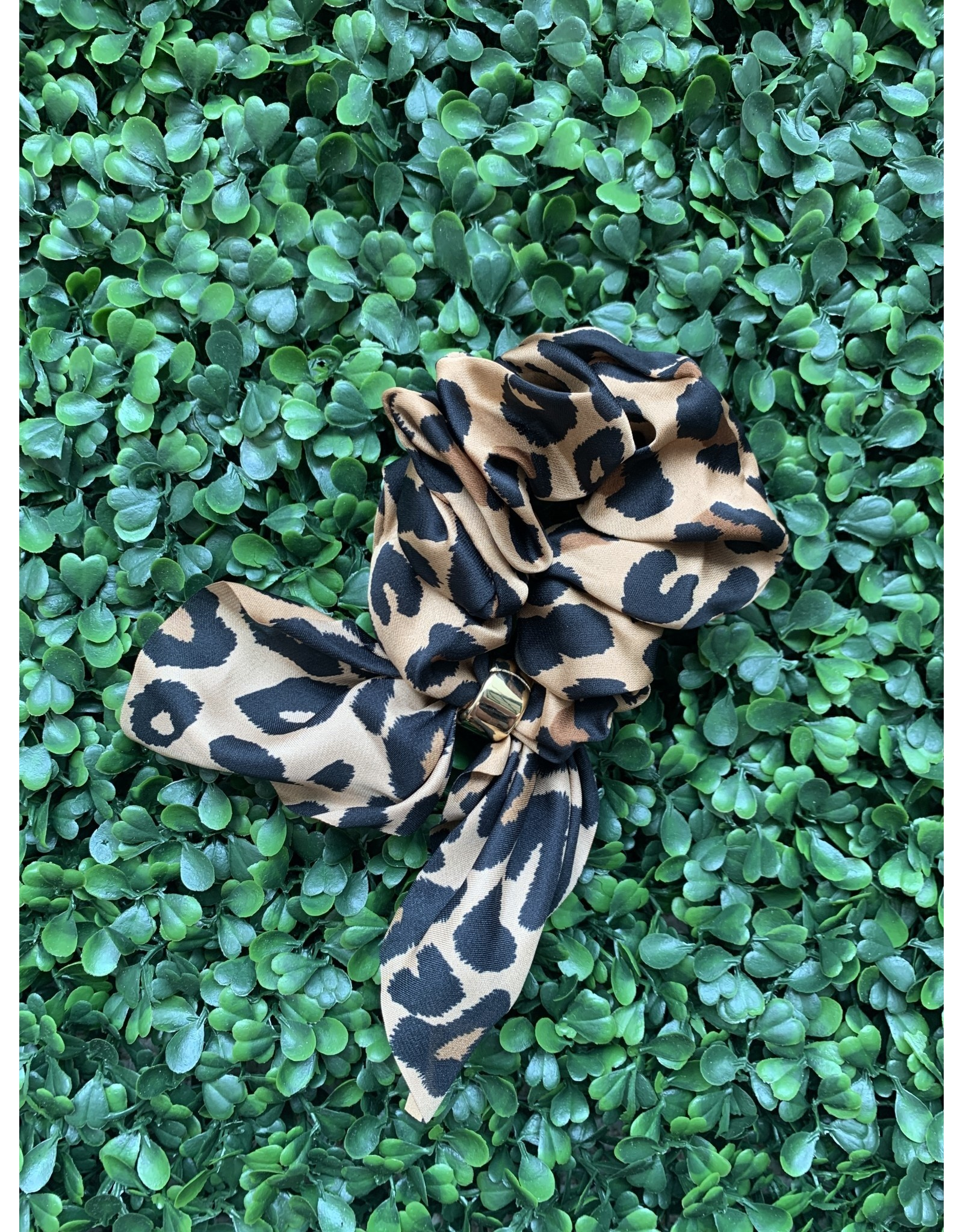Silk Tie Scrunchie in Leopard