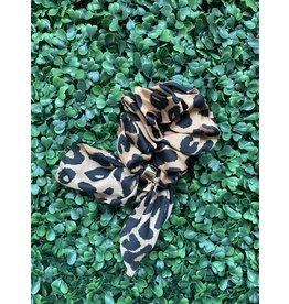 Silk Tie Scrunchie in Leopard