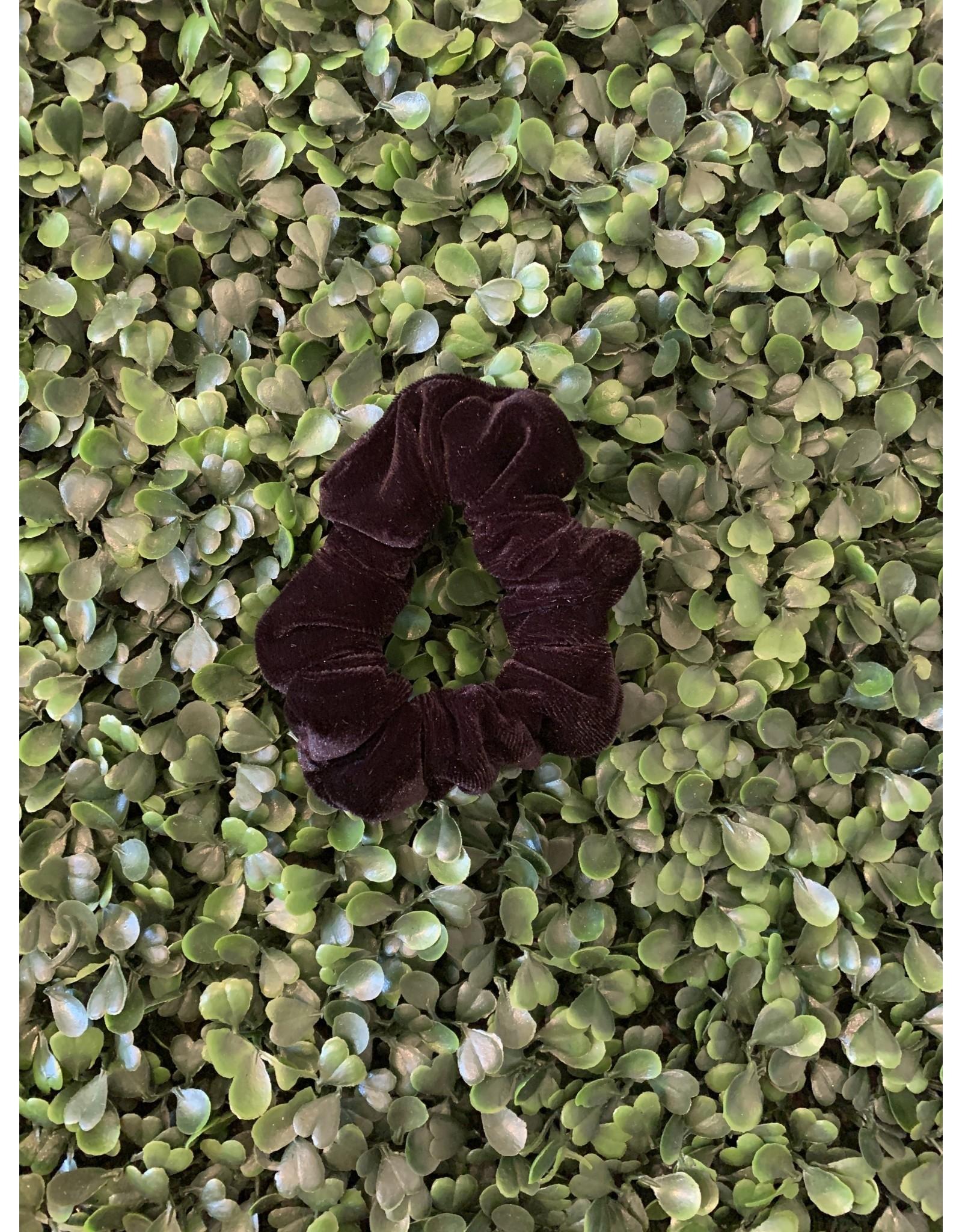 Black Petite Velvet Scrunchie