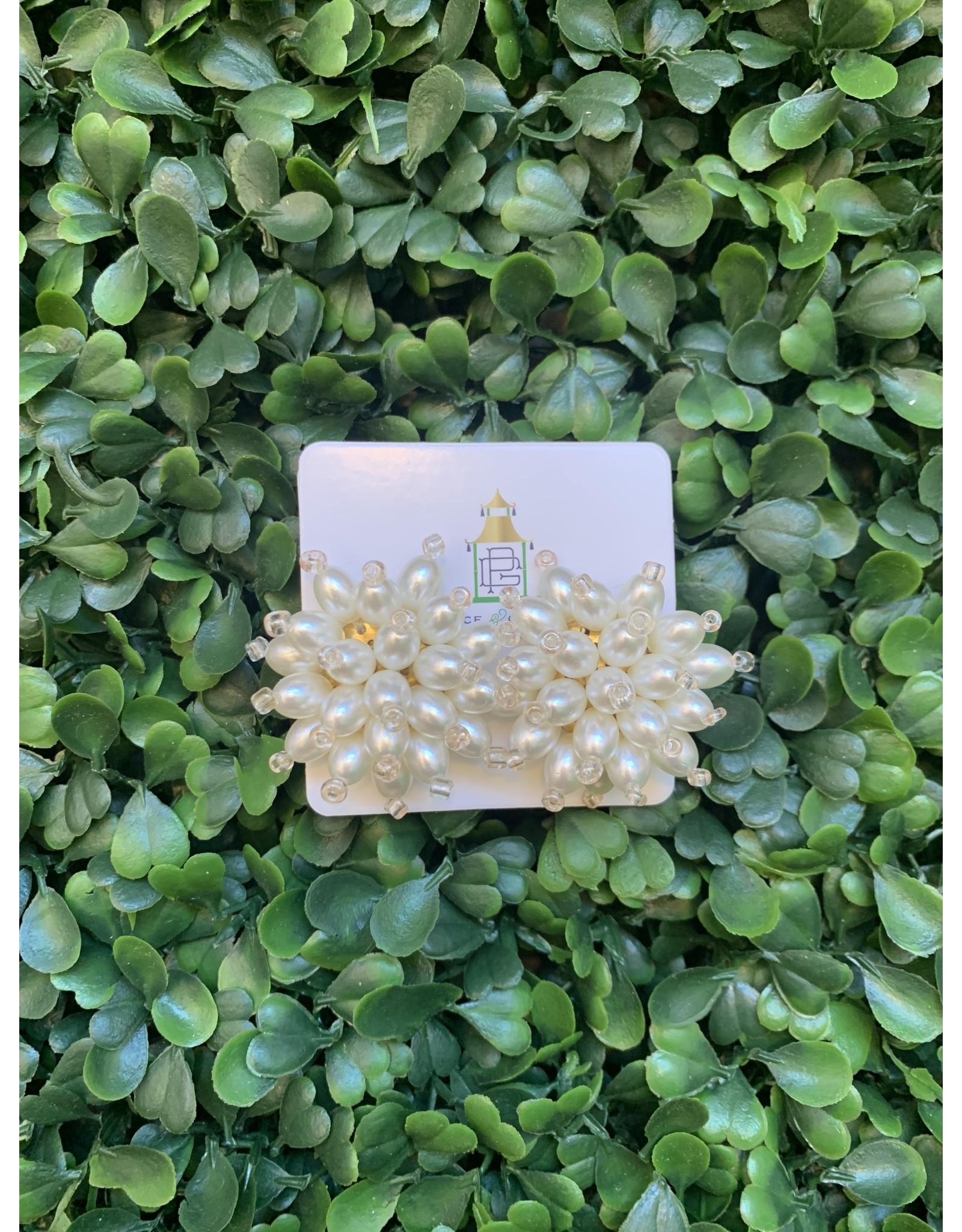 Prep Obsessed Pearl Cluster Stud Earrings
