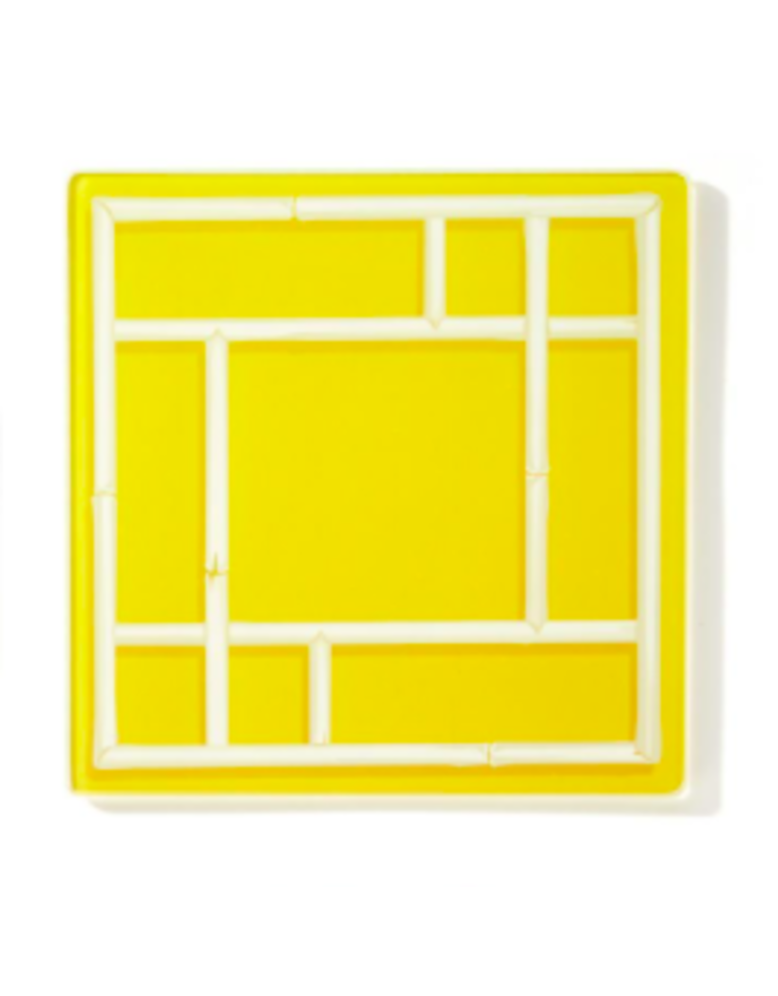 Chinoiserie Glass Plate in Yellow