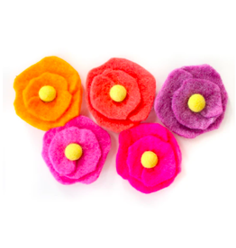 Kailo Chic Felt Flower Magnet Set in Pink