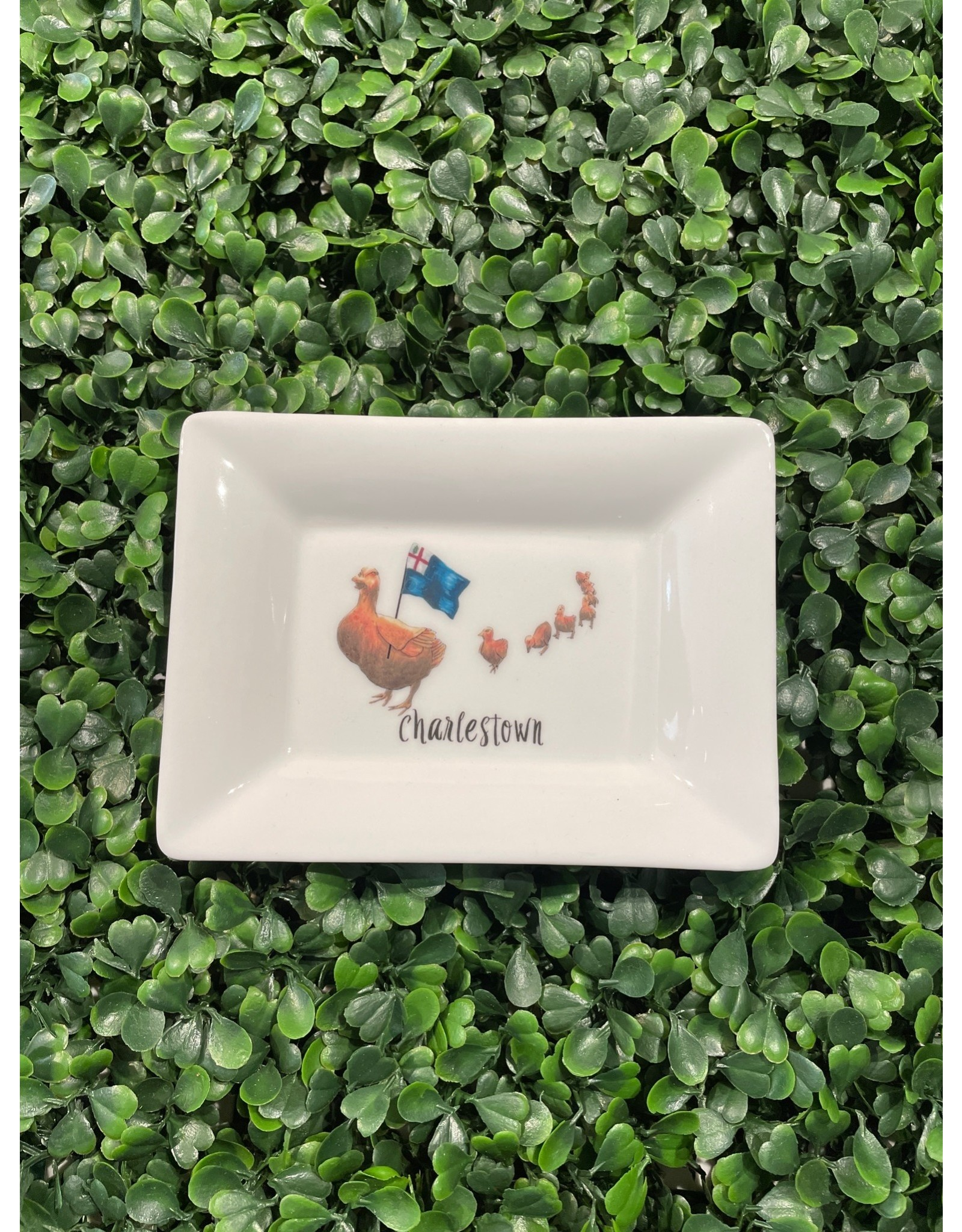 Dishique Little Ducklings with Bunker Hill Flag Mini Dish