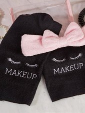 Two's Company Makeup Removal Set