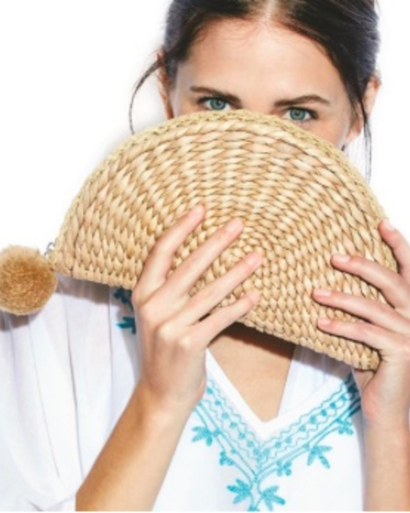 Two's Company Straw Clutch Bags