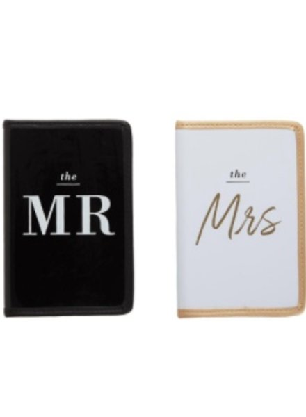 Two's Company Mr. & Mrs. Passport Set