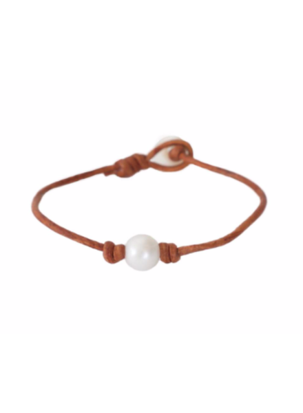 Sea Lustre Single Pearl & Leather Bracelet - 2 Color Options