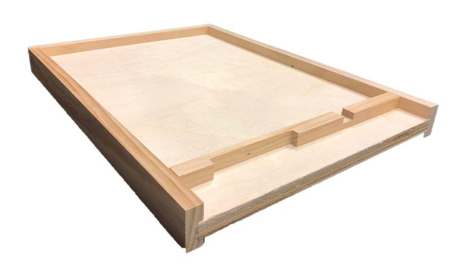 8 Frame Unfinished Bottom Board w/Entrance Reducer