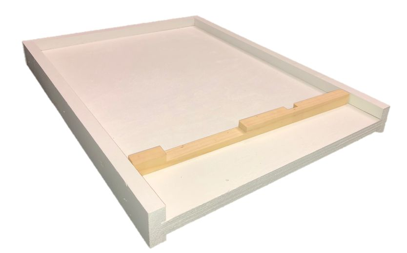 10 Frame White Bottom Board w/ Entrance Reducer
